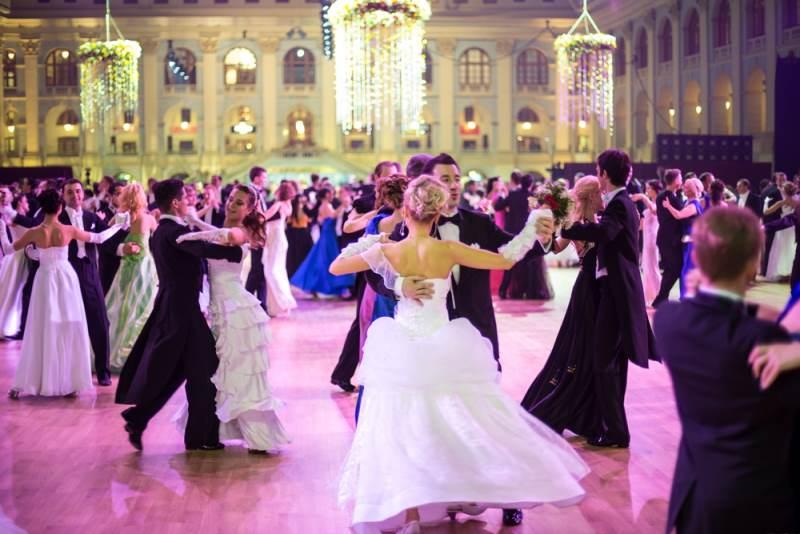 Cours de danses de salon aix en provence et fuveau - Danse de salon lorient ...
